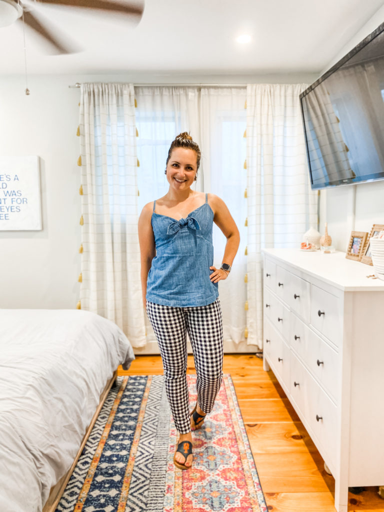 Karoline Zacharer, stripes by the sea red white and blue challenge, red white and blue outfit, Old Navy chambray top, gingham pants